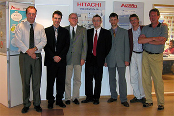 Group photo of the Actron AB and GEOVAP companies at Hannover Messe 2004