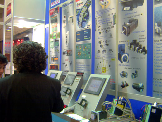 Halıcı Elektronik booth – information panels