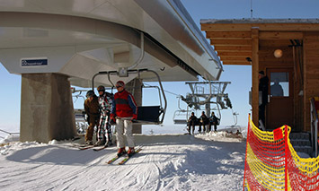 Sneznik's' detachable chairlift – the top end terminal